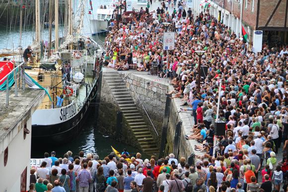 FlotillaLibertad07-ConciertoPacoIbáñezDonostiaEstelle2012