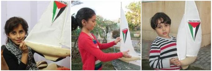 Nahla, Mariam y Jamal con las mini-Arcas que ayudaron a construir y que navegarán mar adentro el día 30 de noviembre. Como mensajes en una botella, estos pequeños barcos -decorados con nombres de simpatizantes de todo el mundo- podrán iniciar su camino a través del Mediterráneo, portando las esperanzas y deseos de la infancia palestina de Gaza hacia todo el mundo