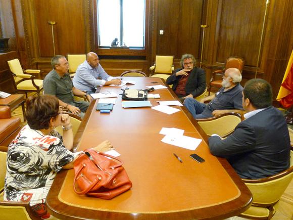 Reunión en el Congreso con Ricardo Sixto (IU), Joan Tardà (ERC), Jon Iñarritu (Amaiur), Joan Baldoví (Compromis) y Olalla Fernández (BNG)