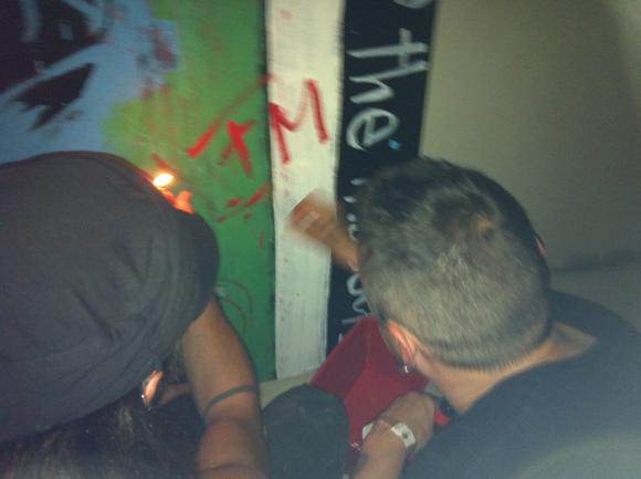 Pintor y Muguruza Firmando