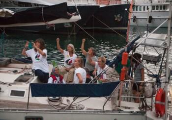 Barcelona despide la flotilla de Mujeres Rumbo a Gaza  con una gran muestra de solidaridad