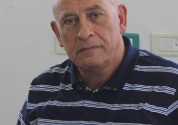 Dar teléfonos a prisioneros palestinos en cárceles israelíes