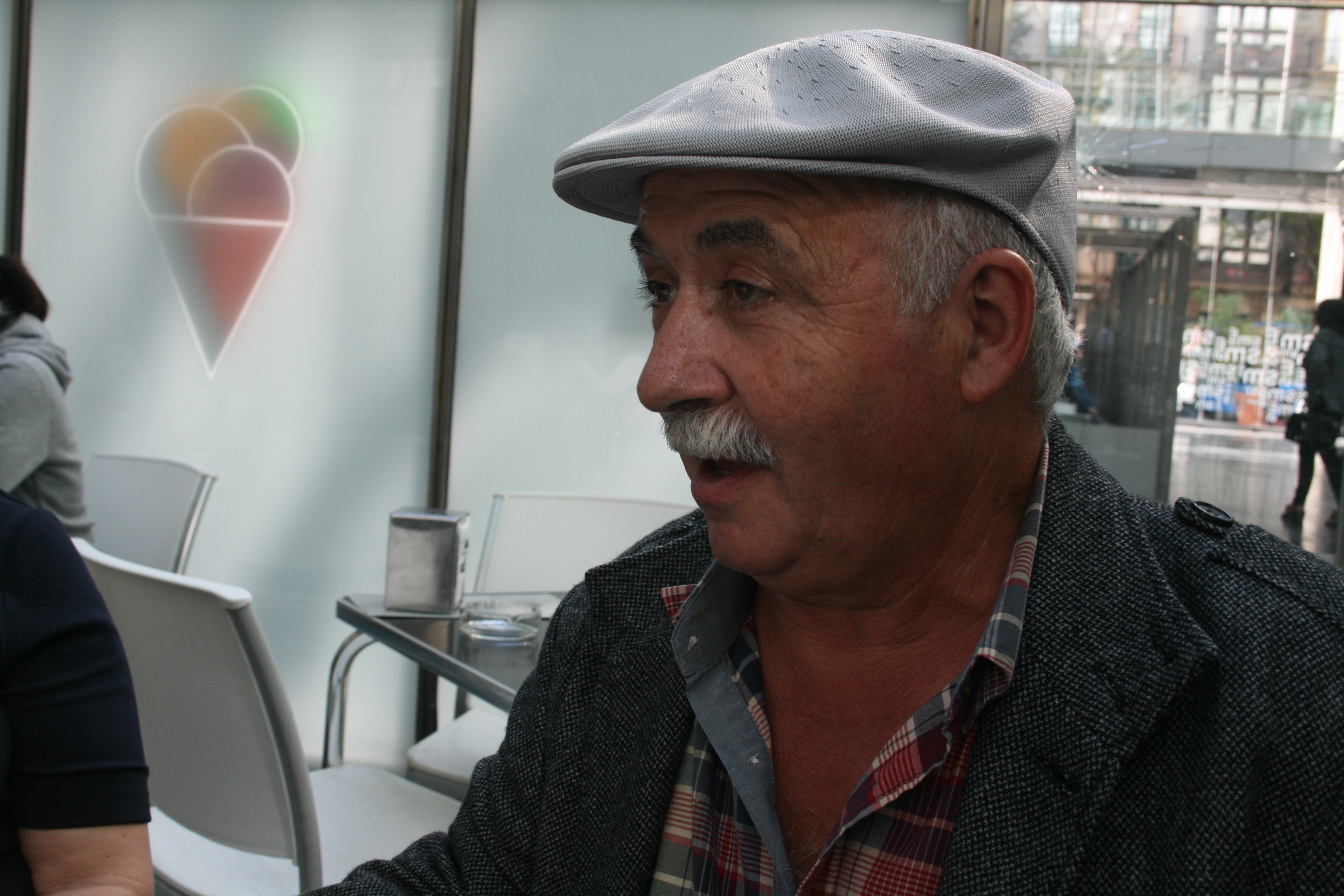 """José María Montes Presa, autor del poema """"En memoria de Gaza"""", Segundo accésit I Concurso literario de la Flotilla de la Libertad """"Llaves para un futuro digno"""" en castellano."""